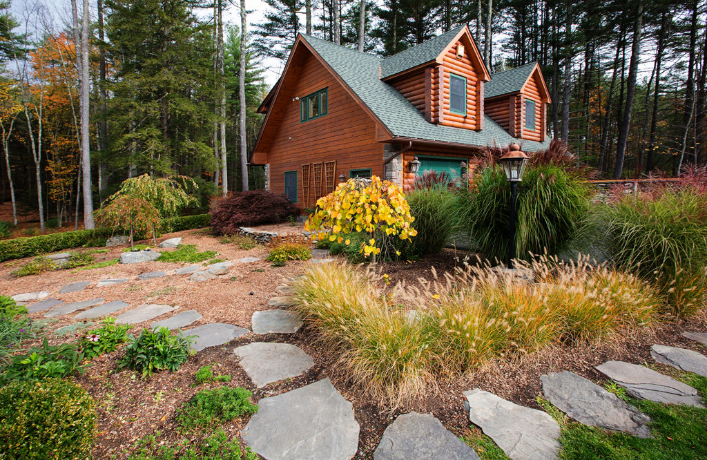 Beaver Mountain Log Homes Holsapple Front View Landscaping