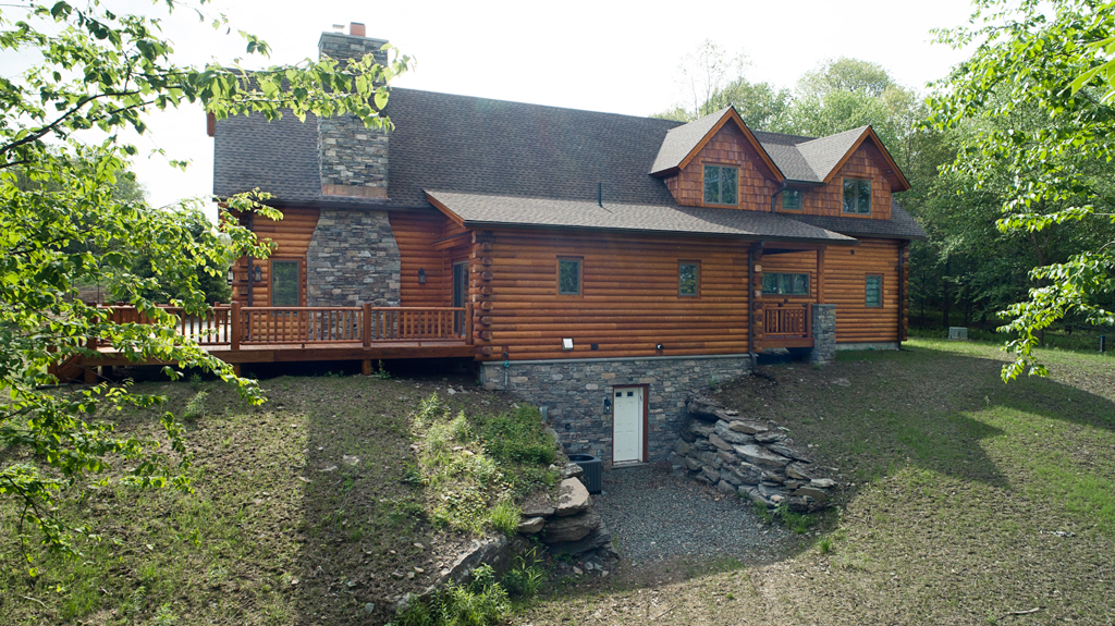 Beaver Mountain Log Homes Cedar Crest Cabin Exterior Rear