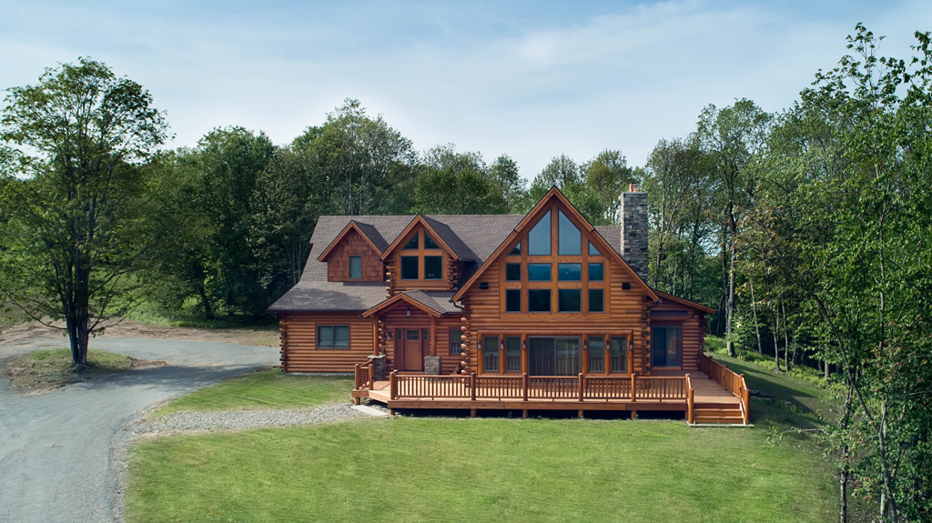 Beaver Mountain Log Homes Cedar Crest Cabin Exterior Front