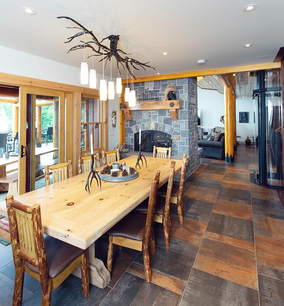 Beaver Mountain Log Homes Kuyahoora Lodge Cedar Hybrid Home Dining Table