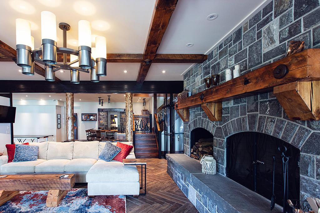 Beaver Mountain Log Homes Kuyahoora Lodge Cedar Hybrid Home Stone Fireplace