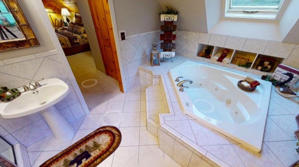 Beaver Mountain Log Homes Classic Lodge Owners Bath