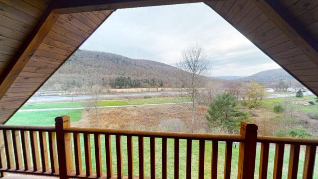 Beaver Mountain Log Homes Classic Lodge Balcony